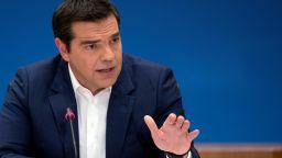 Левите прокараха популистките мерки в Гърция