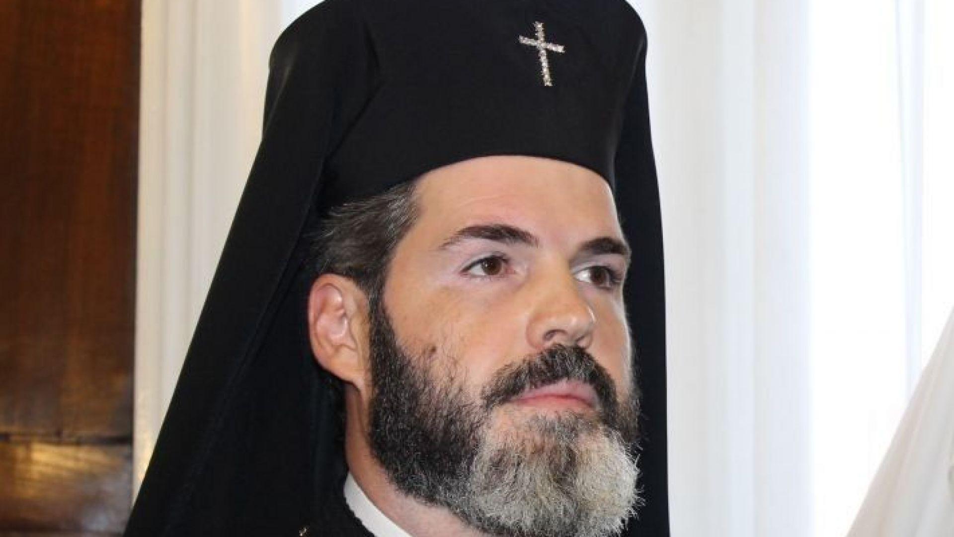 Митрополит Антоний: Папата ни даде пример как пастирът отива при стадото