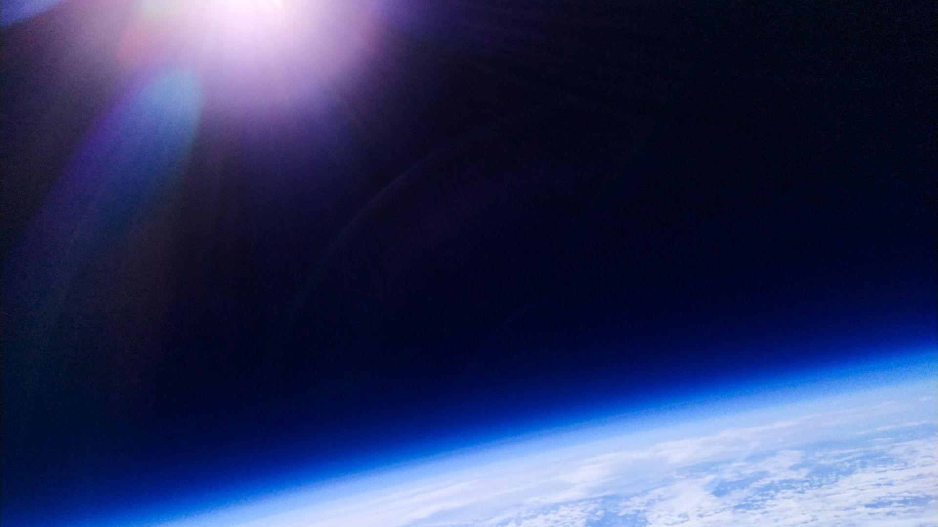 Redmi Note 7 провери дали Земята е плоска