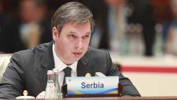 Президентът Вучич обеща канализация след наводненията в Белград