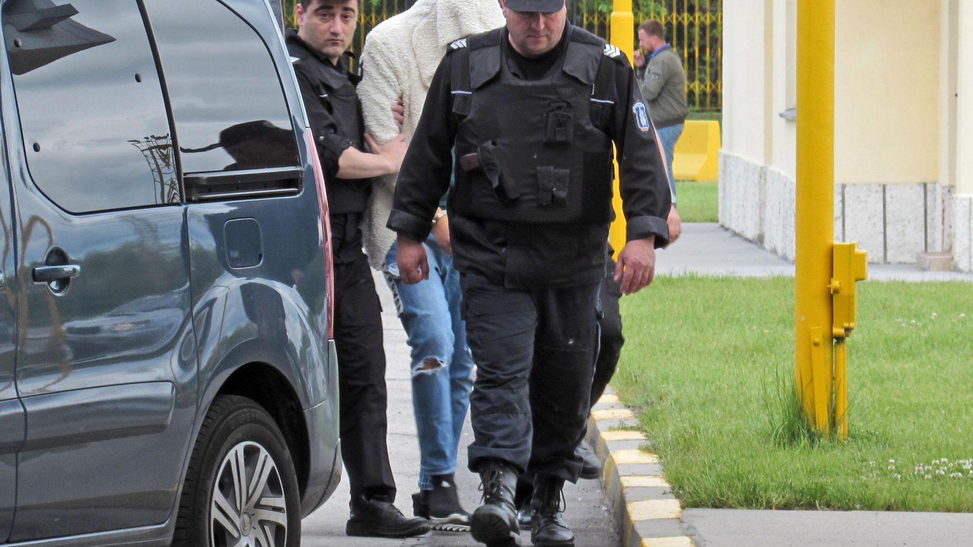 Ало измамник от групата, действала в Гърция призна за престъпленията
