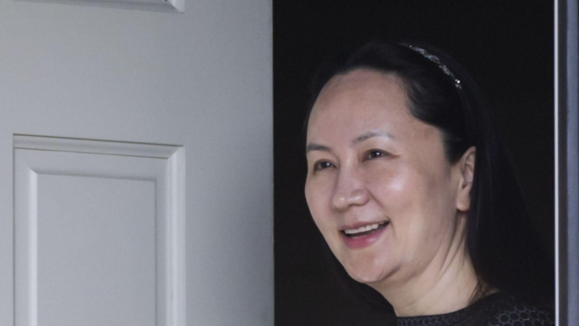"""Мън Ванчжоу: Ще се боря със """"зъби и нокти"""" срещу екстрадация в САЩ"""
