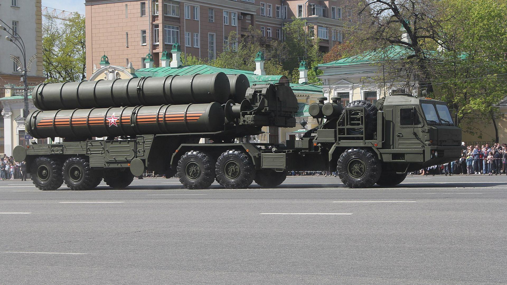 Новото оръжие на Турция: какво може руската противоракетна система С-400?