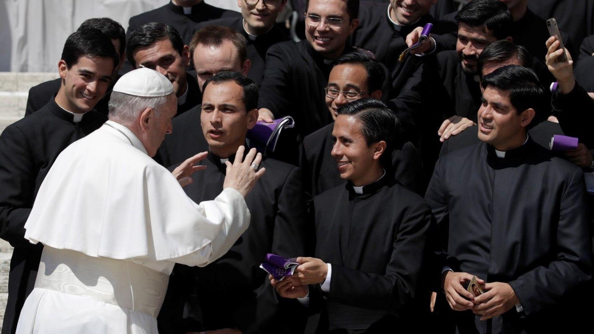 Папата издаде радикален декрет