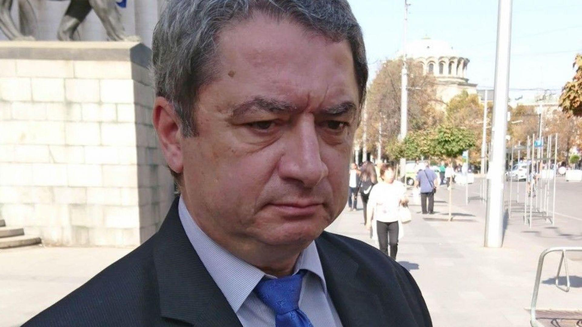 Емануил Йорданов: Умишлени престъпления ще минават за неизбежна отбрана