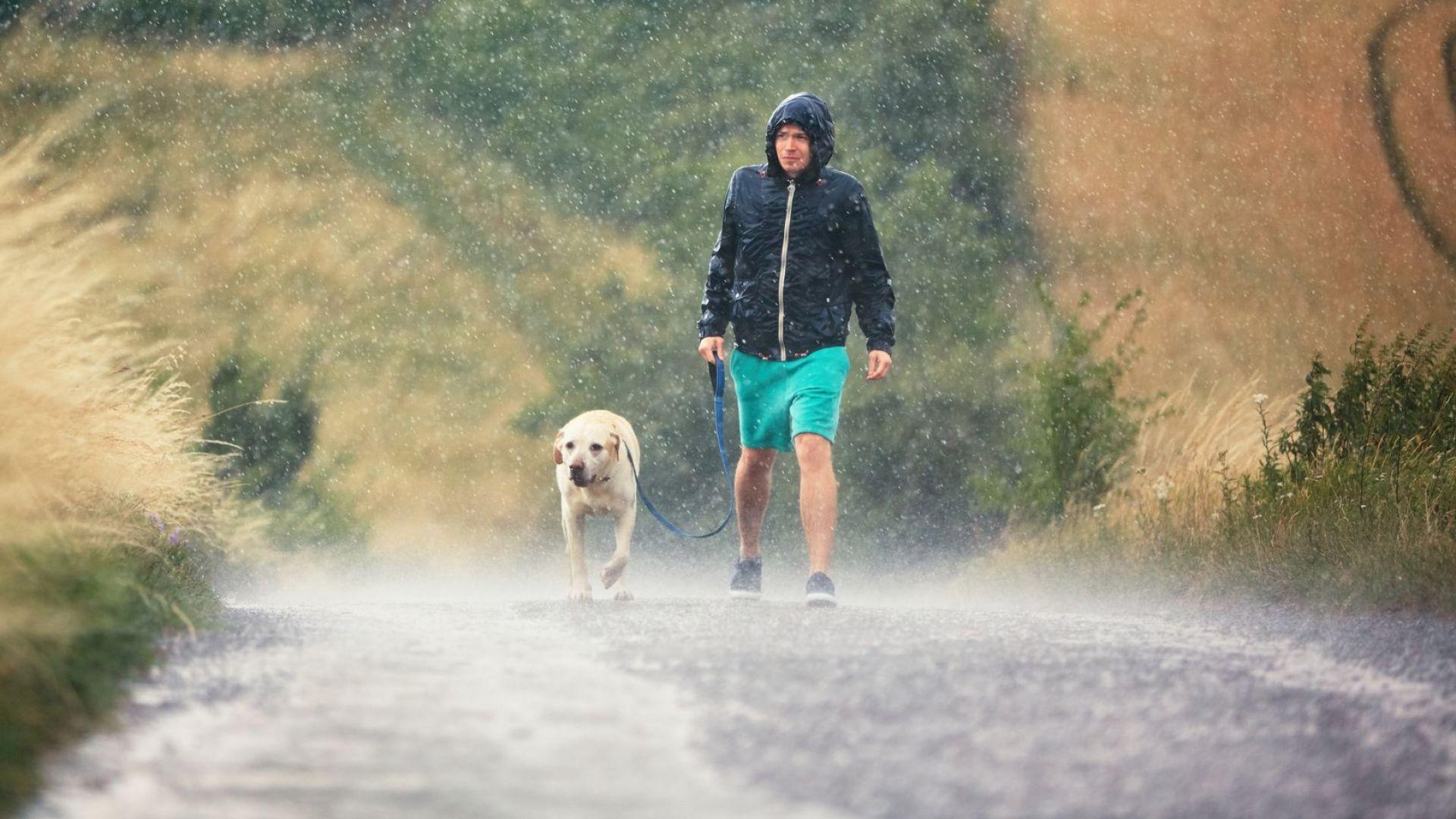 Бури, порои и гръмотевици през цялата следваща седмица
