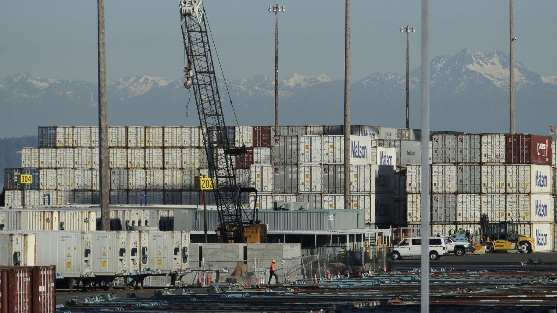 Китай ще намали наполовина митата за стоки от САЩ на стойност $75 млрд.