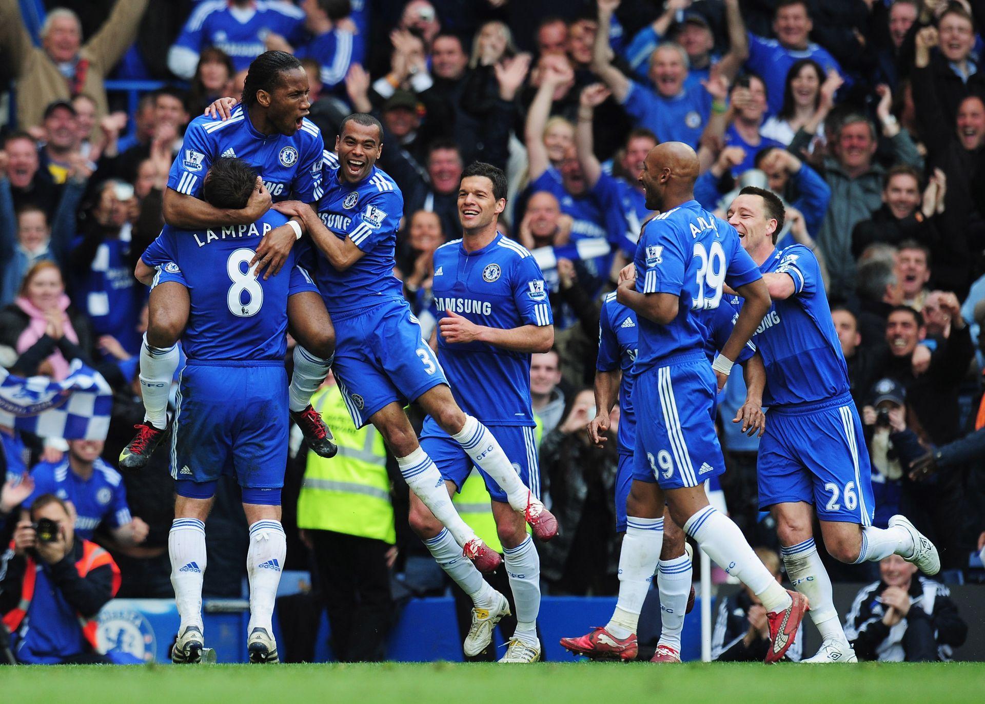 2010 г. - Челси е безпощаден - 8:0 срещу гостуващия Уигън в последния ден и никакъв шанс за преследвача Юнайтед