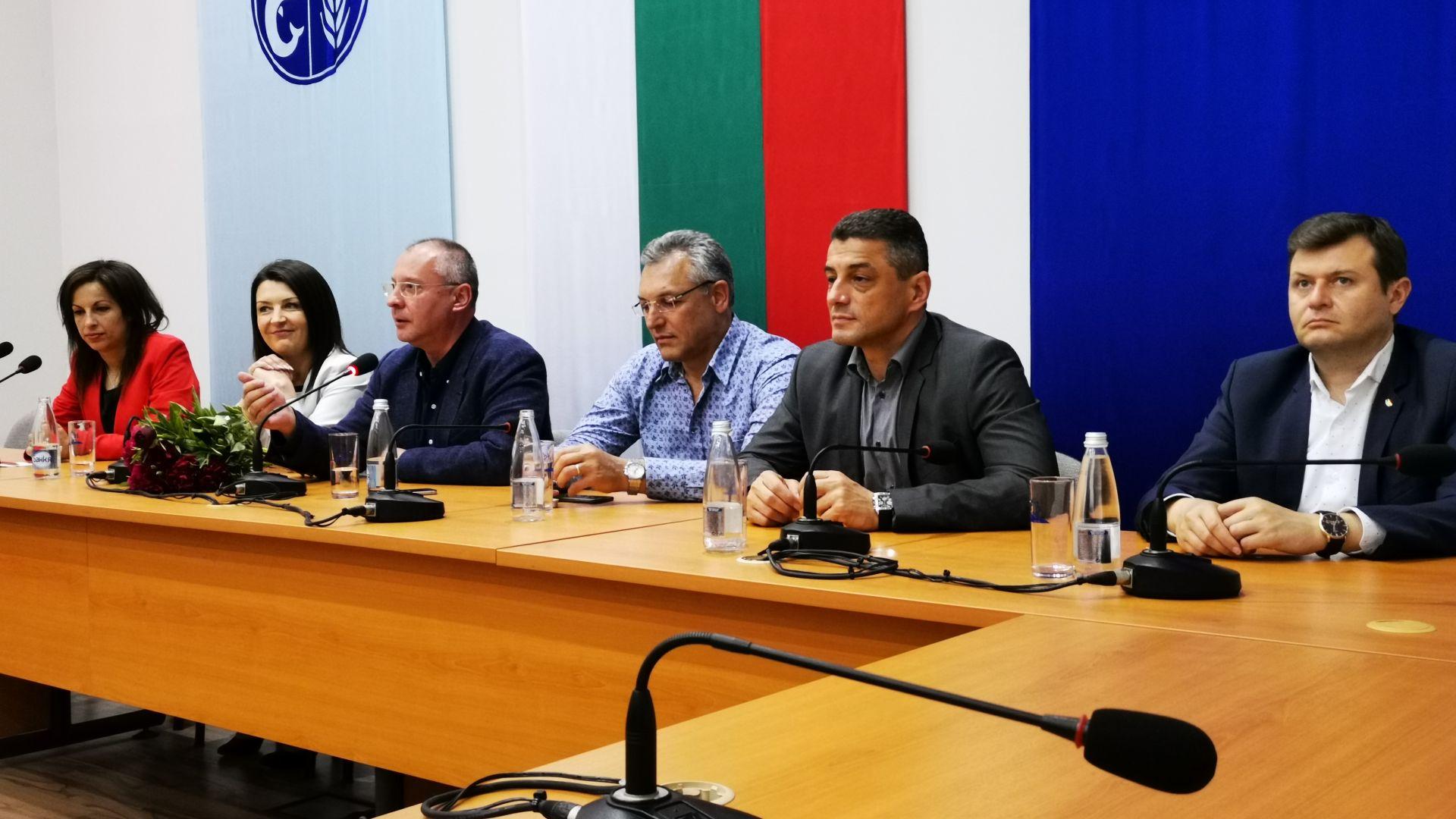 Станишев в Каварна: Голямата ни задача е да обърнем европейския кораб към социална Европа
