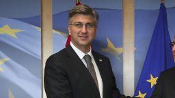 Хърватия поема председателството на ЕС на фона на масова емиграция на гражданите й към Европа