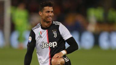 """Антонио Касано """"плаши"""" Кристиано Роналдо с двугодишно изхвърляне от футбола"""