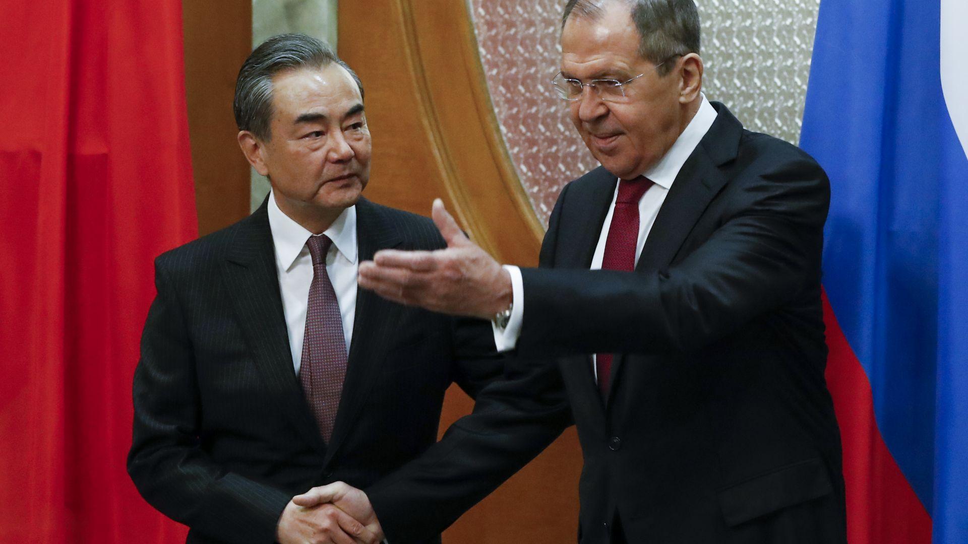Пекин: Нямаме интерес към ядрен договор с Русия и САЩ