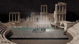Митична река с водопад на сцената на Античния театър за Opera Open