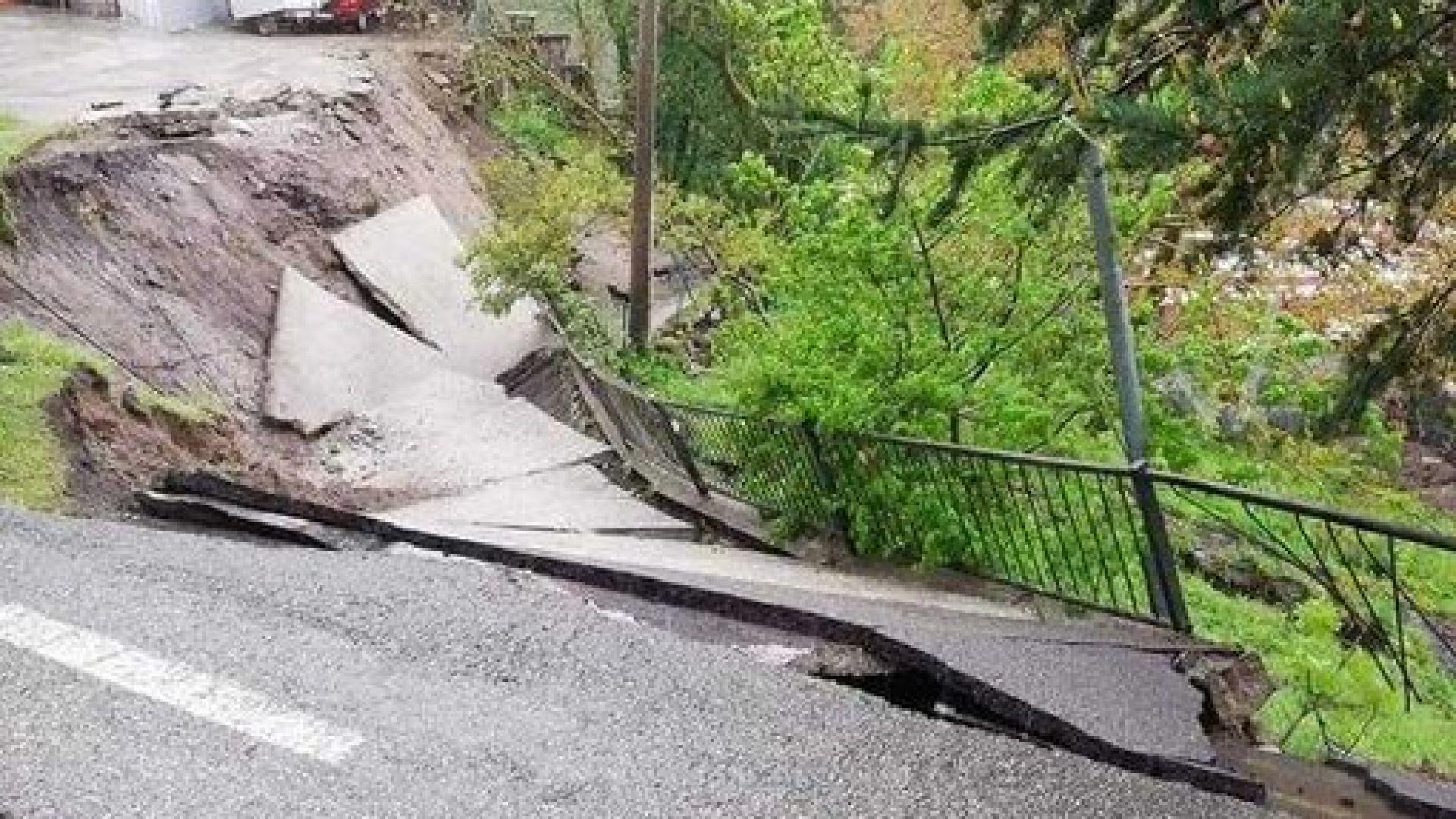 Пороите вече причиниха сериозни свлачища и срутвания в Италия