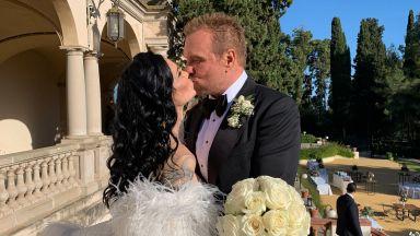 Вижте професионалните снимки от сватбата на Цеци Красимирова