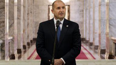 Радев: Не надхвърлям правомощията си с разговорите за нов главен прокурор