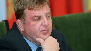 Каракачанов: Войната между институциите ни отдалечава от важните теми