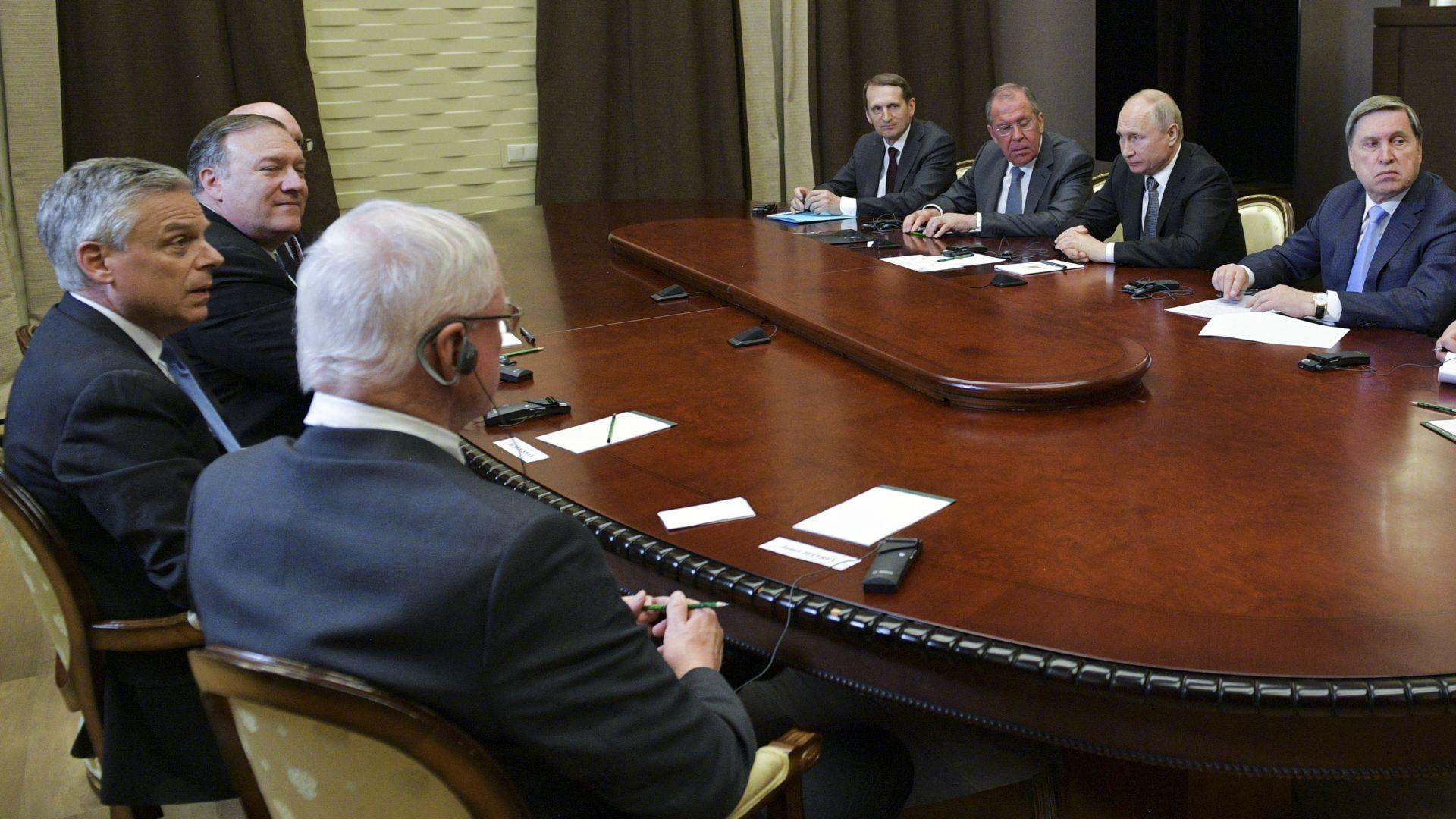 След срещата Путин-Помпейо: Как медиите в Русия и САЩ разчетоха политическите знаци