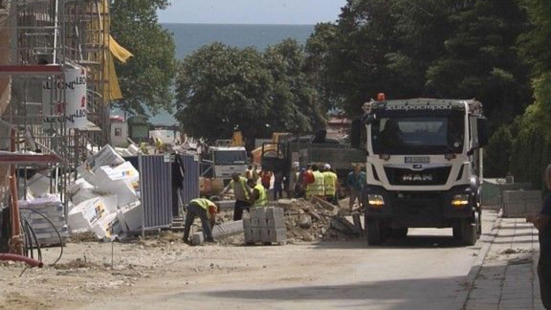 Спират строежите в курортите край Варна
