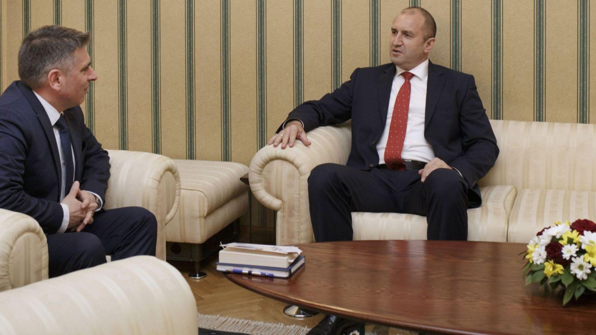 Президентът се срещна с Данаил Кирилов и Теодора Точкова