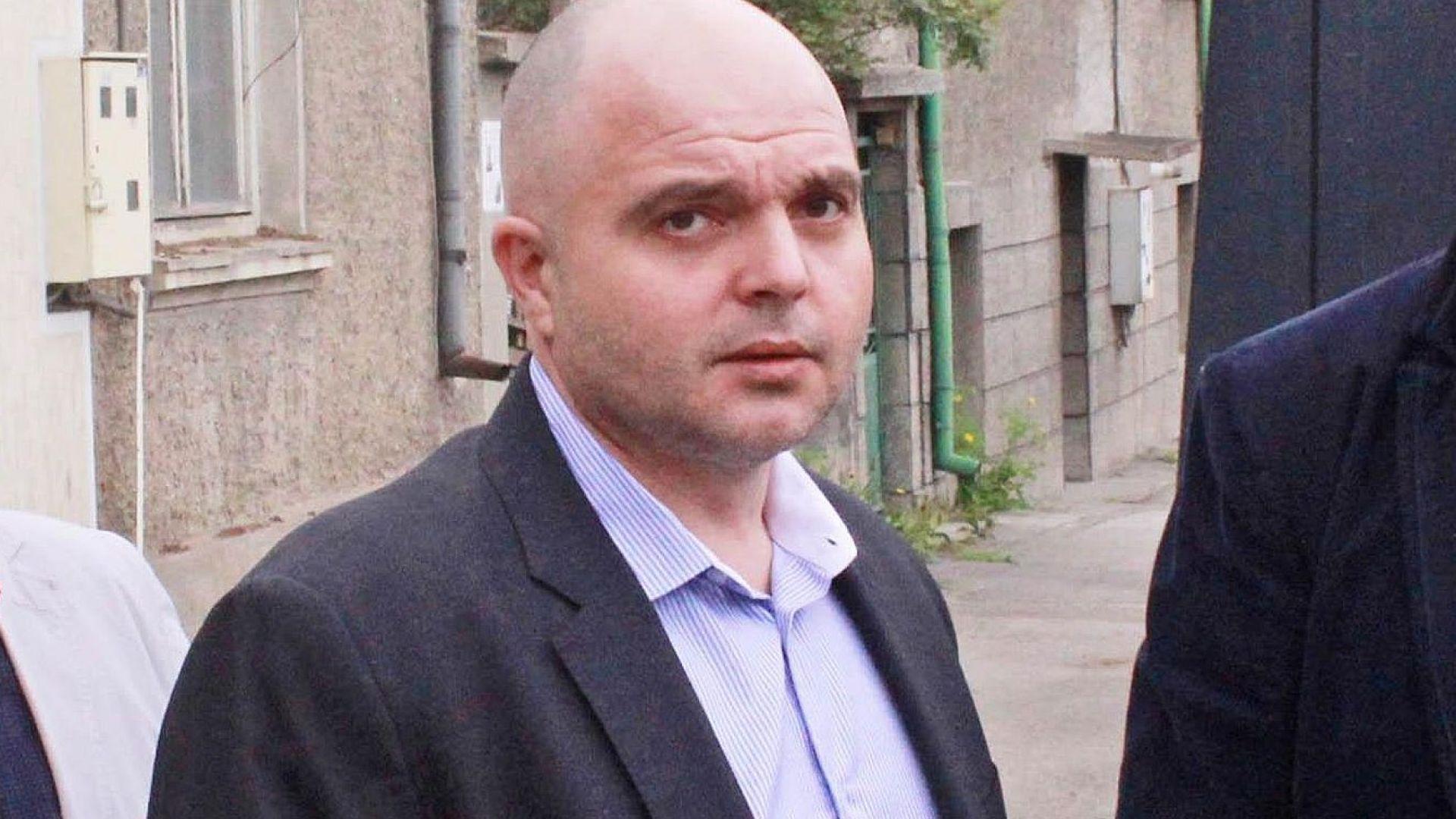 Гл. секретар на МВР: Отнето предимство е причината за катастрофата с Мая Манолова