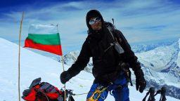 Българин изкачи осемхилядника Лхотце