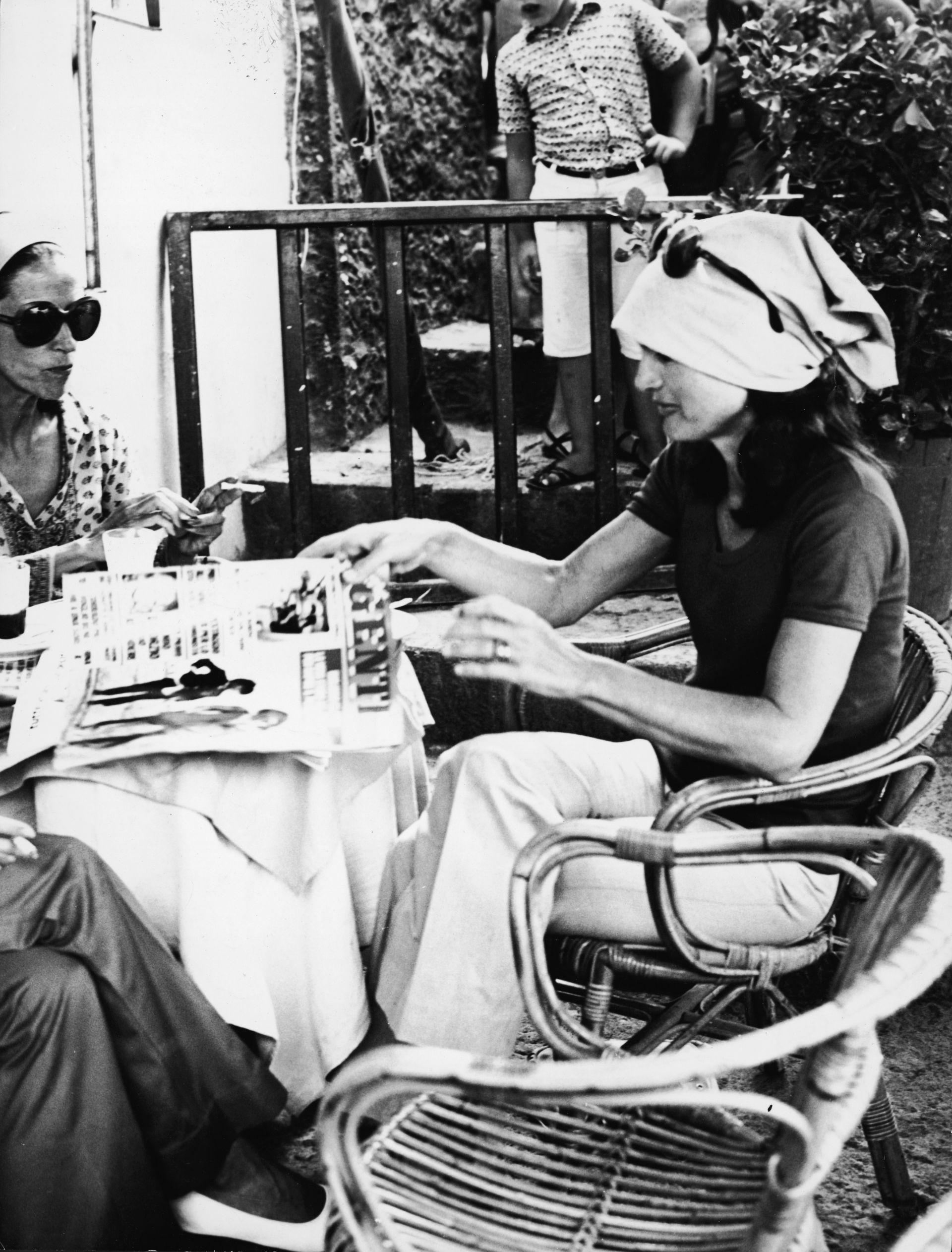 Джаки Кенеди в италианско кафене