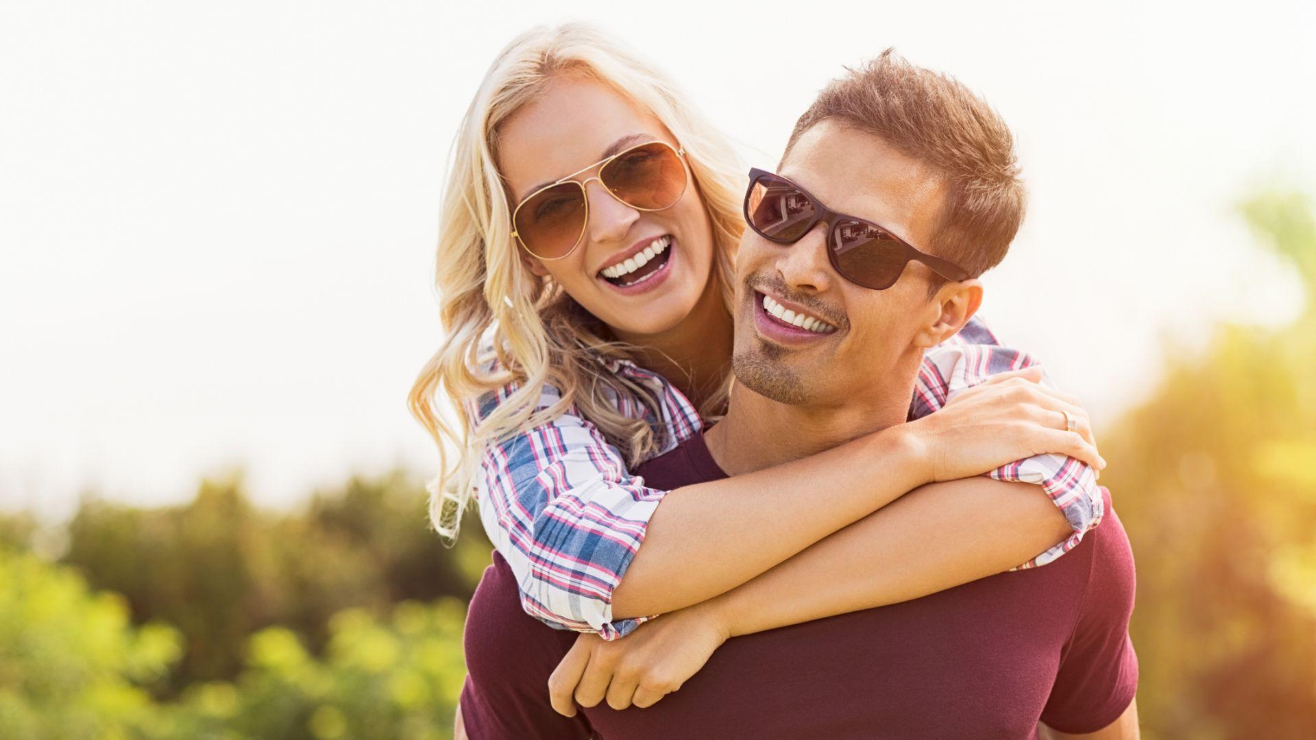 Слънчевите очила – мода или необходимост в летните дни