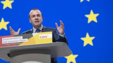 """Вебер: Оста """"Макрон-Орбан"""" вреди на демократична Европа"""