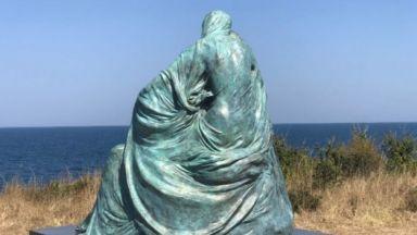 Бронзова скулптура на Ода Жон ще бъде експонирана в Пловдив