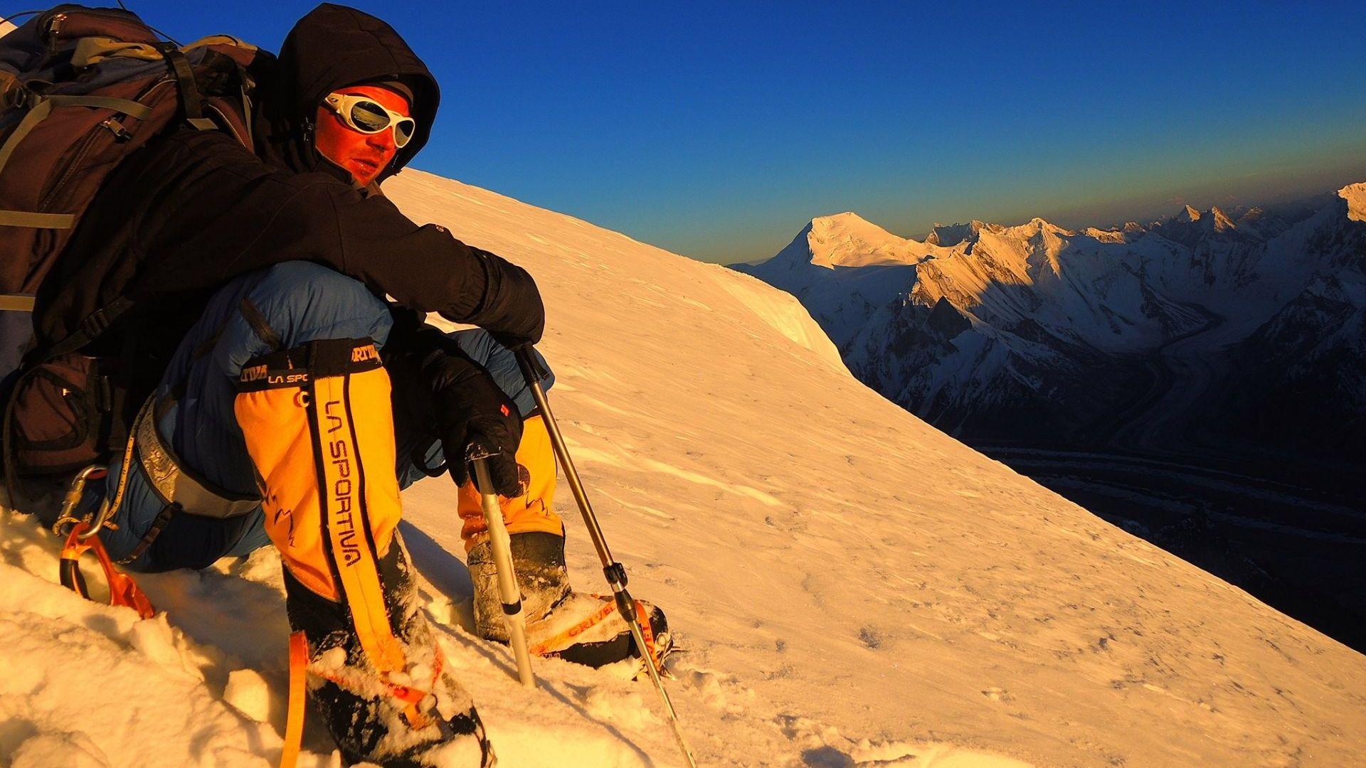 Алпинистът Иван Томов почина само ден след като изкачи връх Лхотце