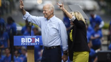 76-годишният Байдън ще предизвика Тръмп да правят лицеви опори