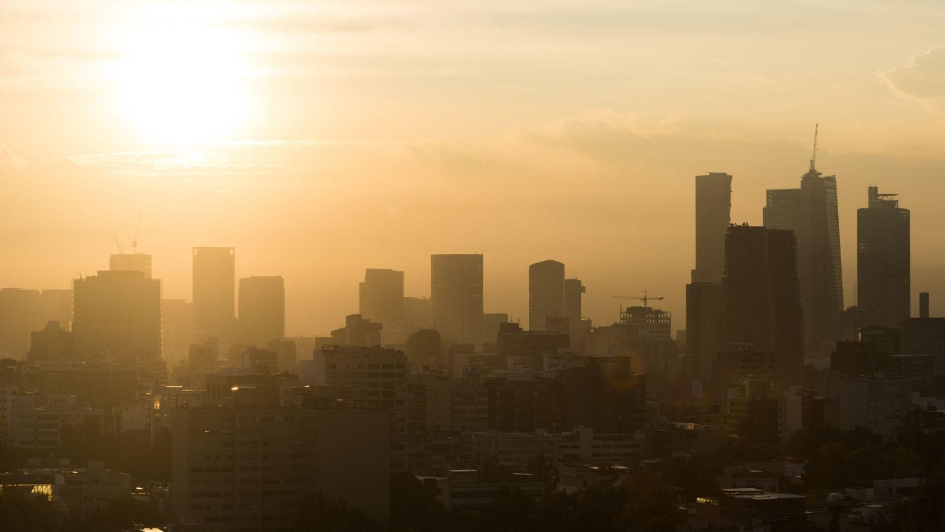Отмениха занятията в столицата на Мексико заради смог