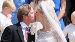 Габриела Уиндзор се омъжи пред погледите на кралицата и принц Хари