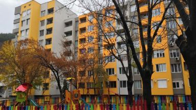 Около 40 на сто от домакинствата живеят в пренаселени домове