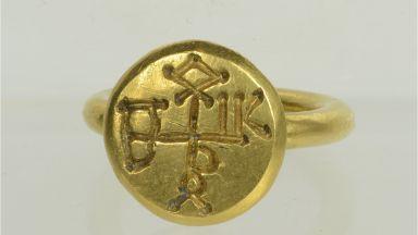 Ермитажът гостува у нас с меча и пръстена на Хан Кубрат