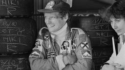 Отиде си легендата на Формула 1 Ники Лауда