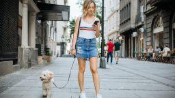 Глоба за за писане на SMS при пресичане на улицата