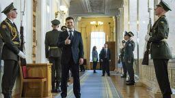 Зеленски пръв ще търси диалог с Русия