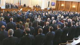 """""""Шоуто на Слави"""": Има кражба на партийни субсидии за над 6.5 млн. лв."""