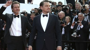 Брад Пит и Лео Ди Каприо обраха овациите на представянето на филма на Тарантино в Кан