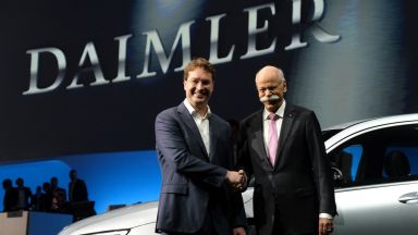 Шефът на Даймлер се оттегля след 13 г. на поста