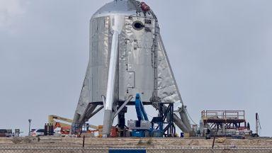 SpaceX ще тества марсианския си кораб след седмица
