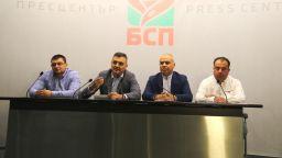 Кирил Добрев: В МВР са проведени оперативки за взимане на страна в изборите
