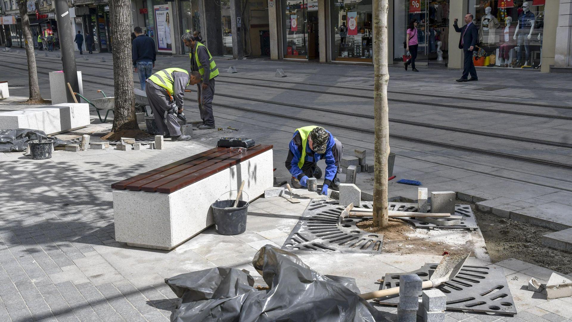 """Отстраняват дефектите при ремонта на """"Славейков"""" до края на деня"""
