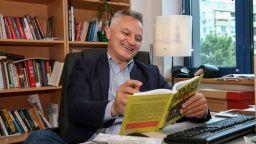 Захари Карабашлиев стана баща на трето момиче