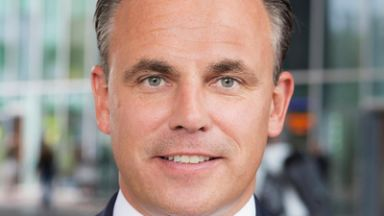 Ден преди евровота: Министерска оставка в Холандия заради бежанците
