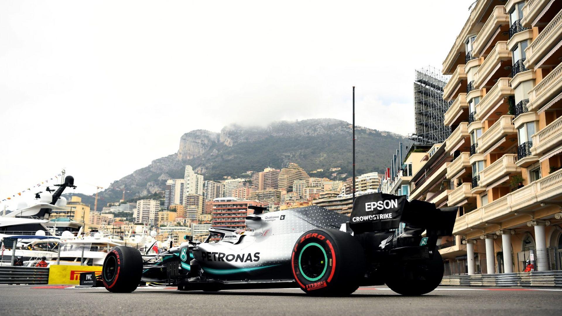 Хамилтън най-бърз в първото излизане на Монте Карло