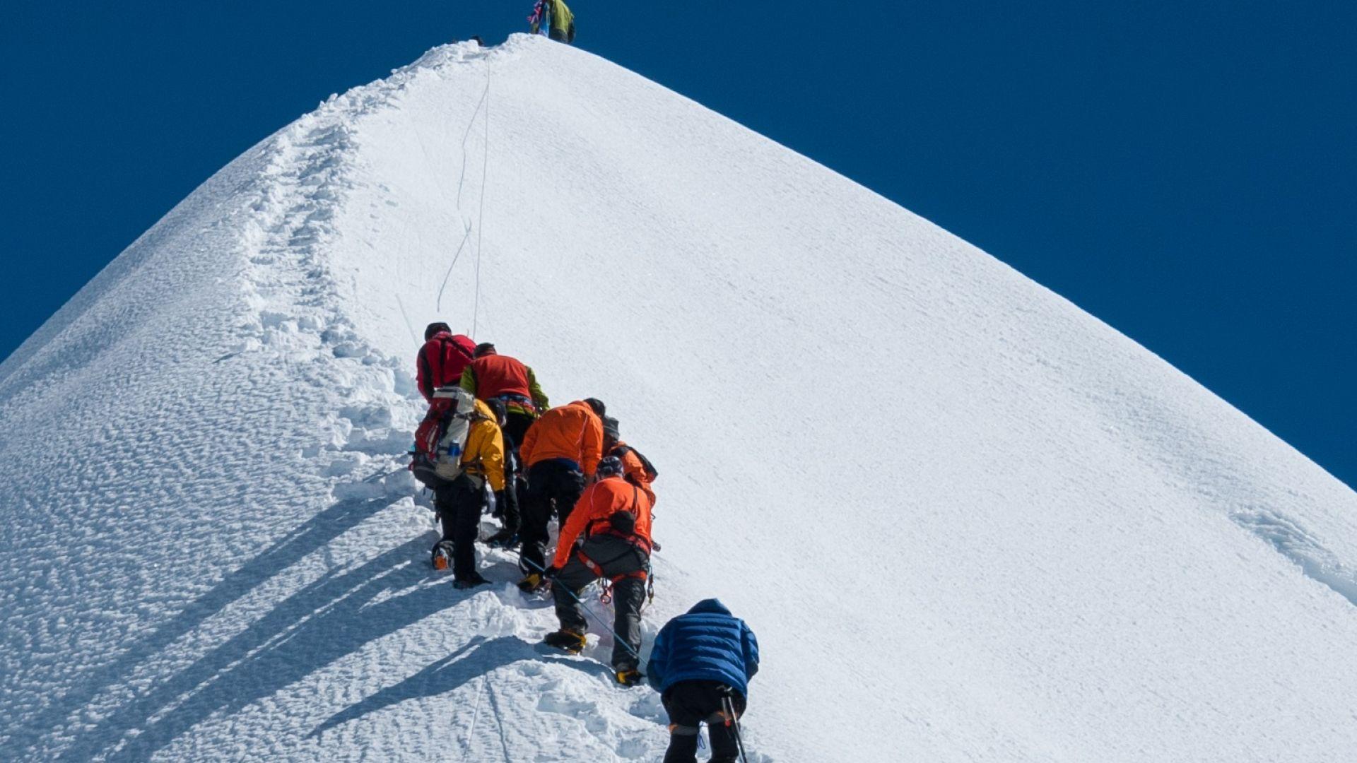 Британски алпинист загина на Еверест