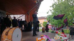 """ВМРО закри кампанията си с инициативата """"Да се хванем на хорото"""""""